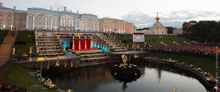 Открытие сезона фонтанов в Петергофе