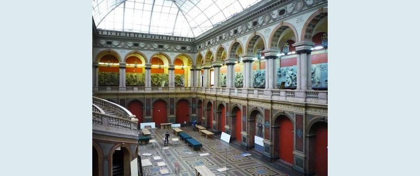 Выставка-продажа Сокровища Петербурга