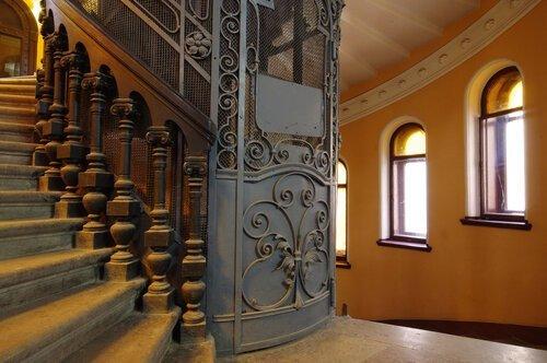 Бесплатные экскурсии во дворцы и доходные дома