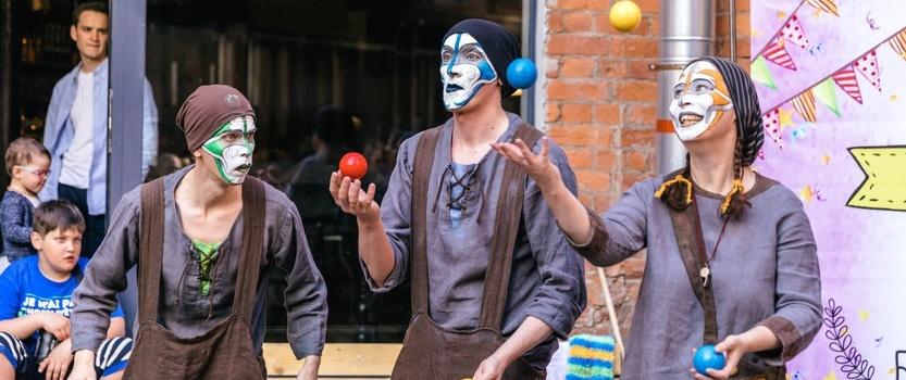Петербургская ярмарка Circus Weekend в «Севкабеле»